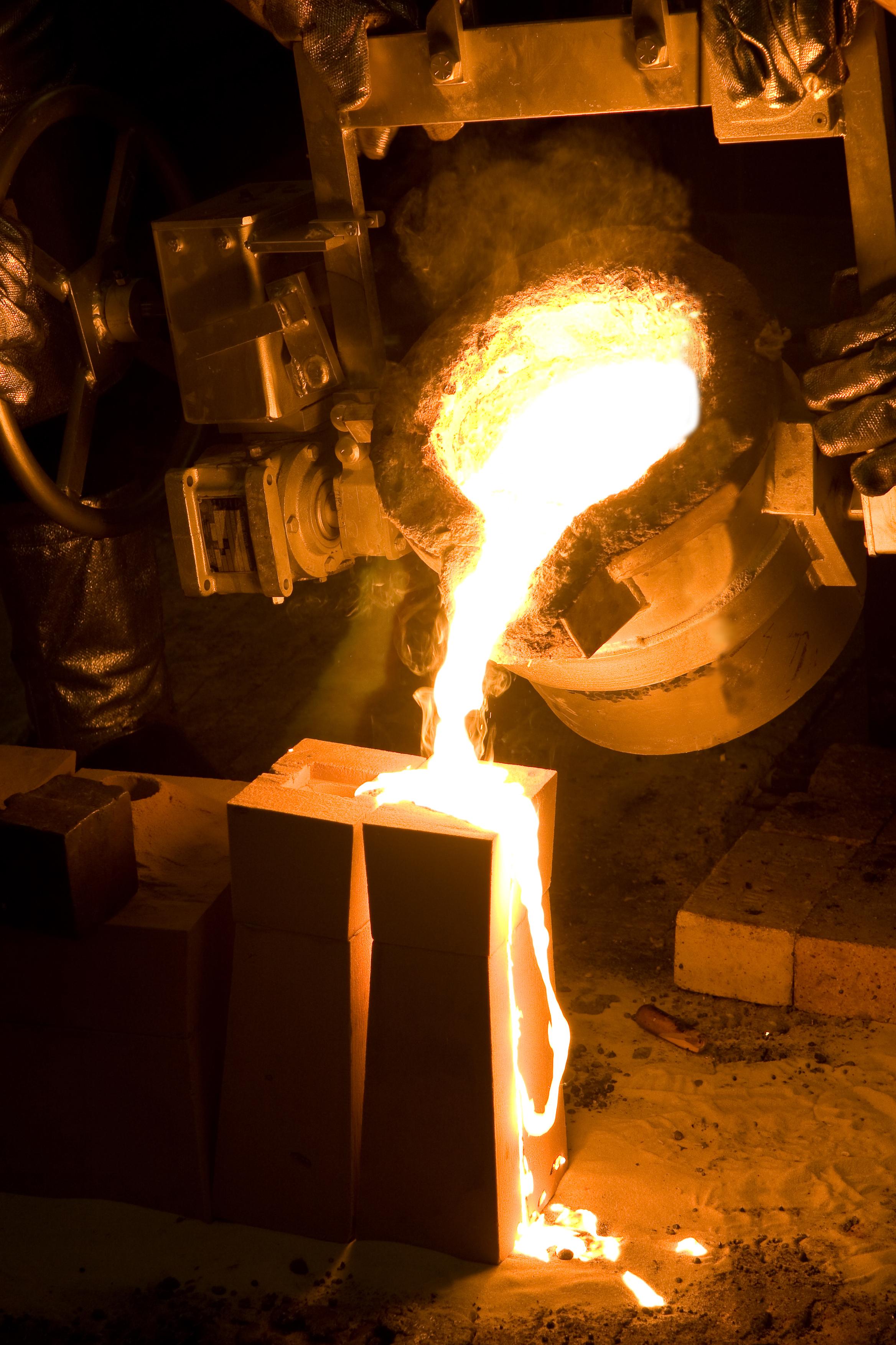 I Norge står industrien for 41 prosent av energiforbruket. Noe av denne energien kan brukes en gang til – ved gjenvinning av uutnyttet restvarme. Illusrasjonsfoto photos.com