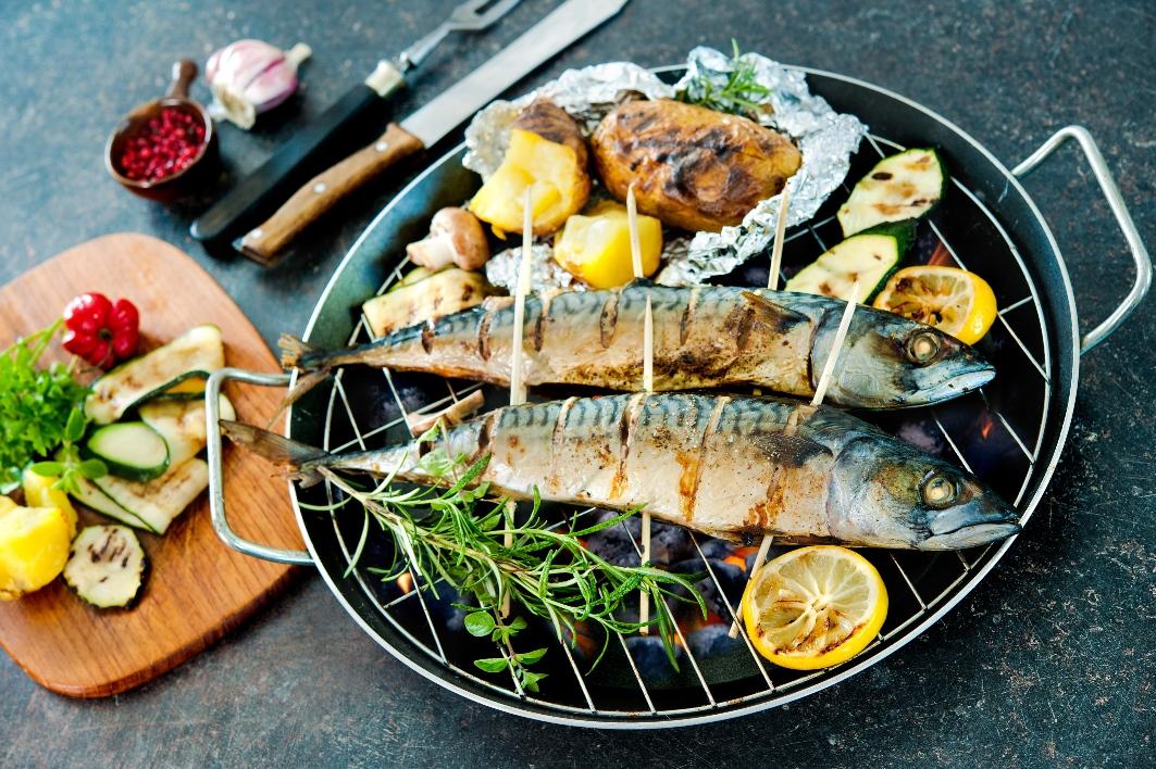 Makrell er en underkjent matfisk i Norge. Men den fortjener plass både i butikkhylla og på tallerkenen, skriver SINTEF-forsker Inger Beate Standal. Illustrasjonsfoto: Thinkstock.