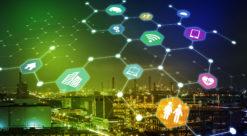 Artist impression som viser futuristisk by i grønne toner, med ikoner fra dataverdenen spredd som stjerner utover himmelen.