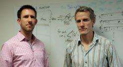 Bildet viser de hyppig siterte forskerne Daniel Moran og Richard Wood.