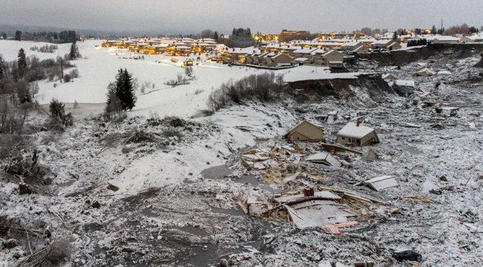 bilde fra raset i Gjerdrum, fotografert med drone